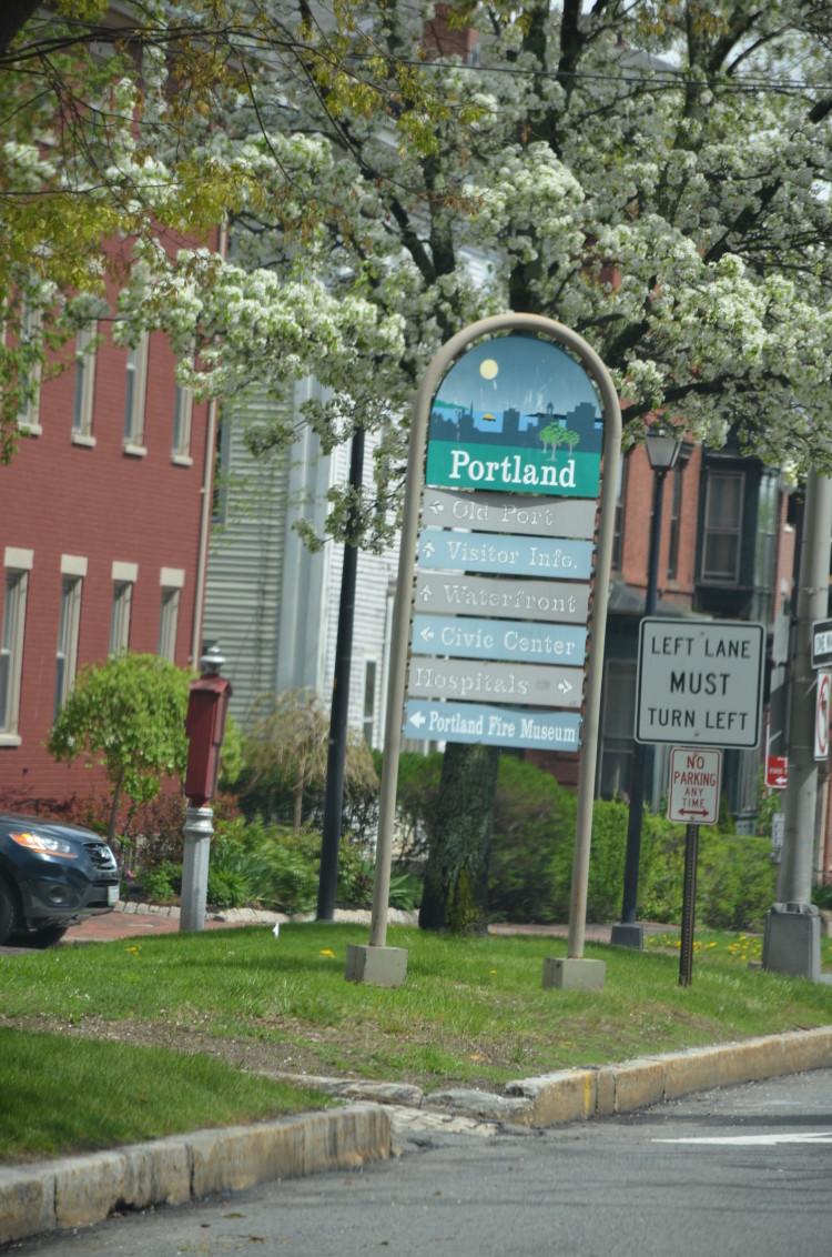 Portland Maine (92/364)